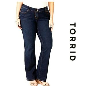 PLUS Torrid Relaxed Boot Cut Jeans 14R